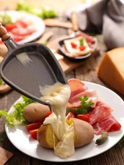 Raclette Ideen Rezepte Mit Kase Im Raclettepfannchen Bayern 1 Radio Br De