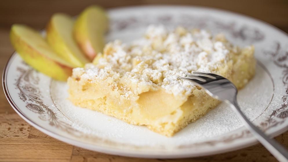 Apfelkuchen Rezept Für Einen Apfel Streuselkuchen Bayern 1