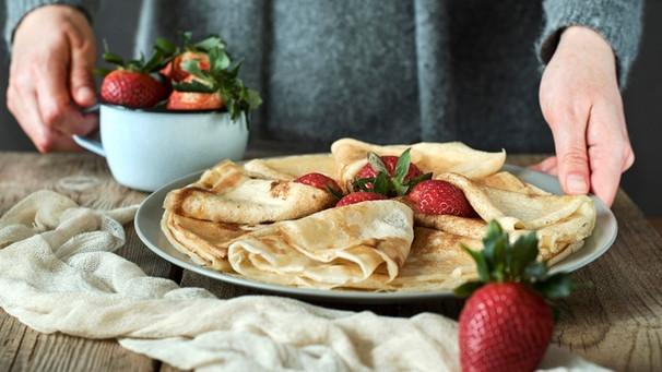 Pfannkuchen Rezept Gefüllte Pfannkuchen Bayern 1 Radio Brde