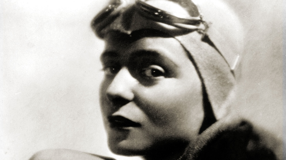 Die Fliegerin Elly Beinhorn um 1930/31  | Bild: picture-alliance/dpa/akg-images