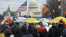 Protestanten vor dem Kapitol in Washington | Bild: picture-alliance/dpa