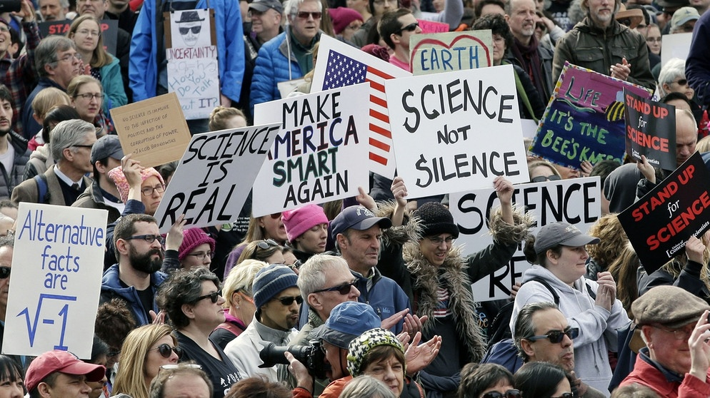 March for Science im Februar in Boston  | Bild: picture-alliance/dpa
