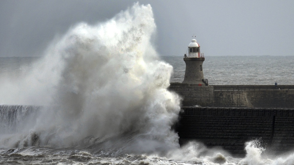 Wintersturm in Tynemouth, Großbritannien | Bild: picture-alliance/dpa