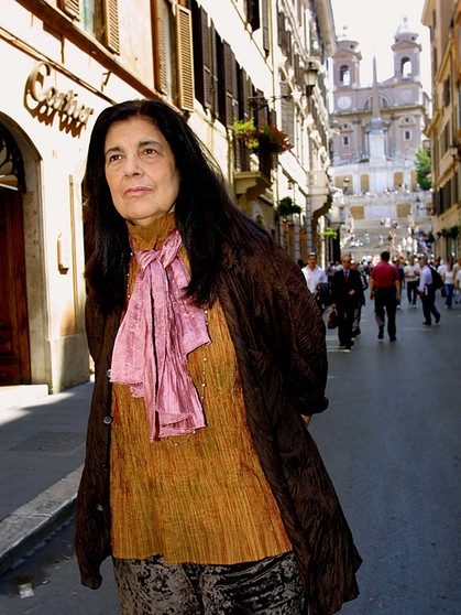 susan sontag essays 2009-7-1  susan sontag was considered one of the most influential liberal thinkers in the united states during the twentieth century she wrote seventeen books they have.