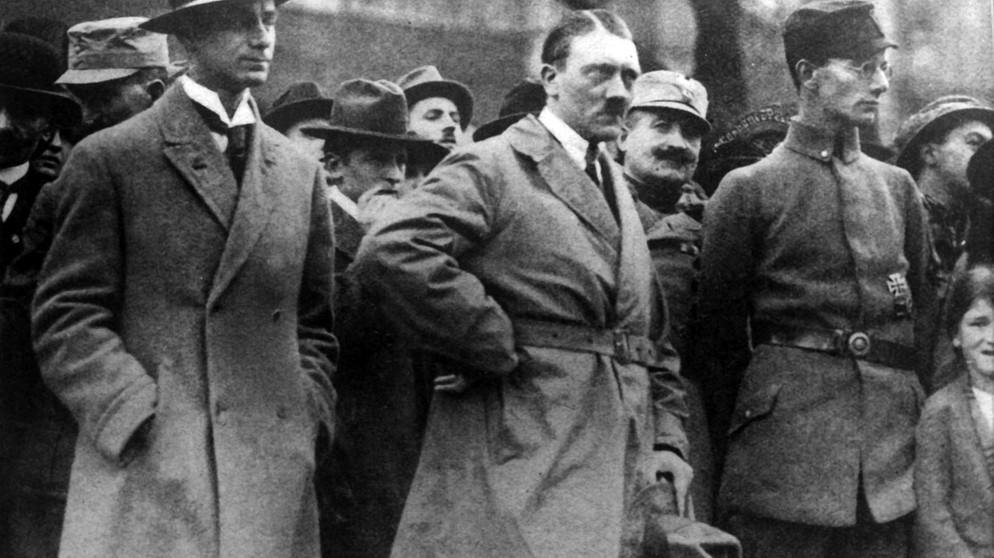 Citaten Hitler Xl : Doku der aufstieg adolf hitlers presse br