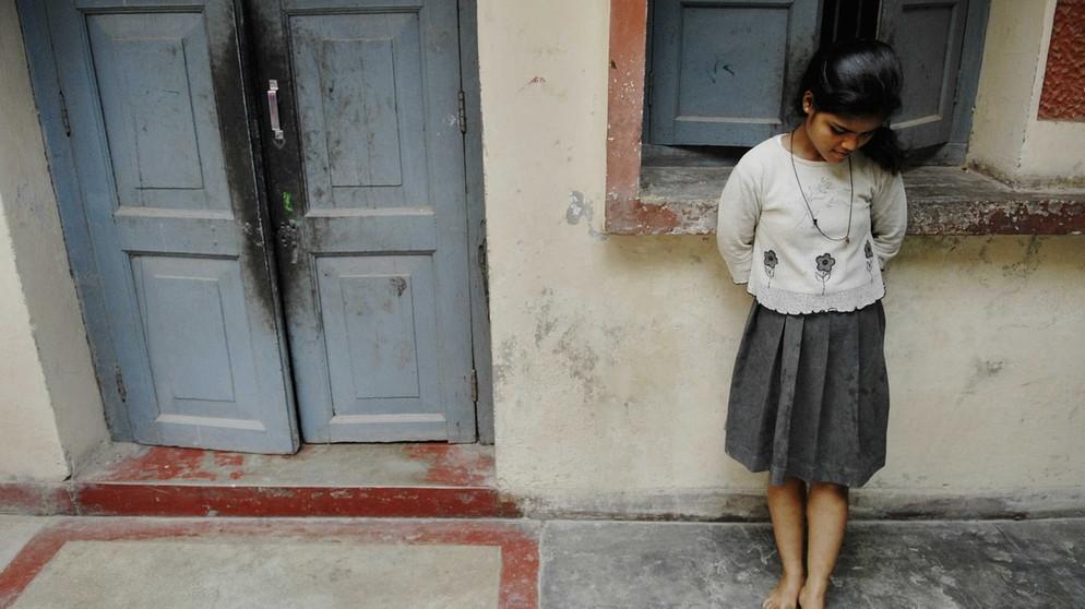 Bilder von unterwürfigen Frauen