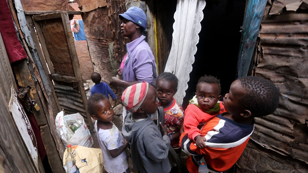 Slum in Nairobi | Bild: picture-alliance/Zuma-Press/Billy Mutai