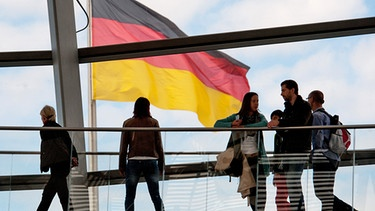 Im Bundestag | Bild: picture-alliance/dpa