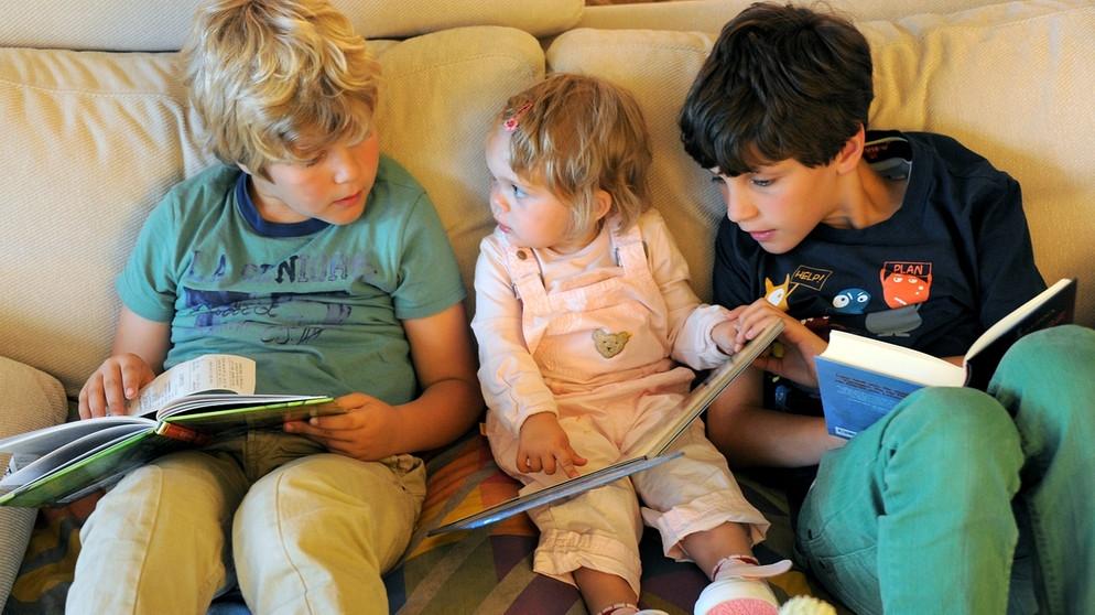 unser kinderprogramm sehen was kinder sehen fernsehen. Black Bedroom Furniture Sets. Home Design Ideas