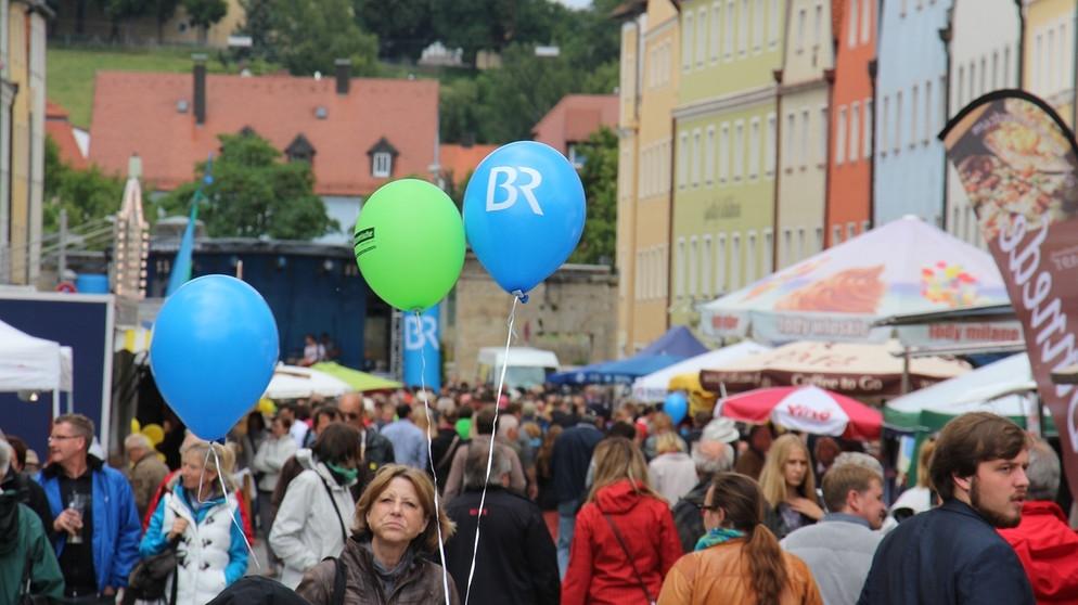Veranstaltungen Regensburg Morgen : b rgerfest regensburg 2017 feiern sie mit auf der br b hne veranstaltungen unternehmen ~ A.2002-acura-tl-radio.info Haus und Dekorationen